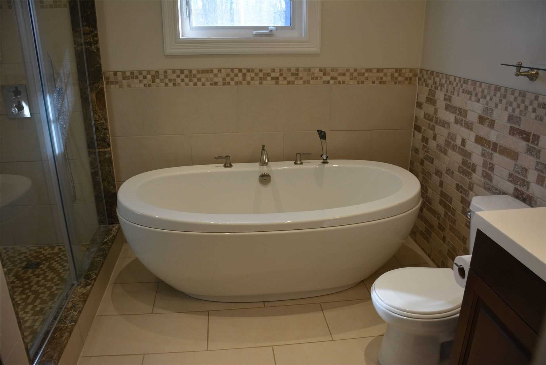 30 Burnhamthorpe Rd, Oakville, Ontario L6M4K4, ,3 BathroomsBathrooms,Land,For Sale,Burnhamthorpe,W4785517