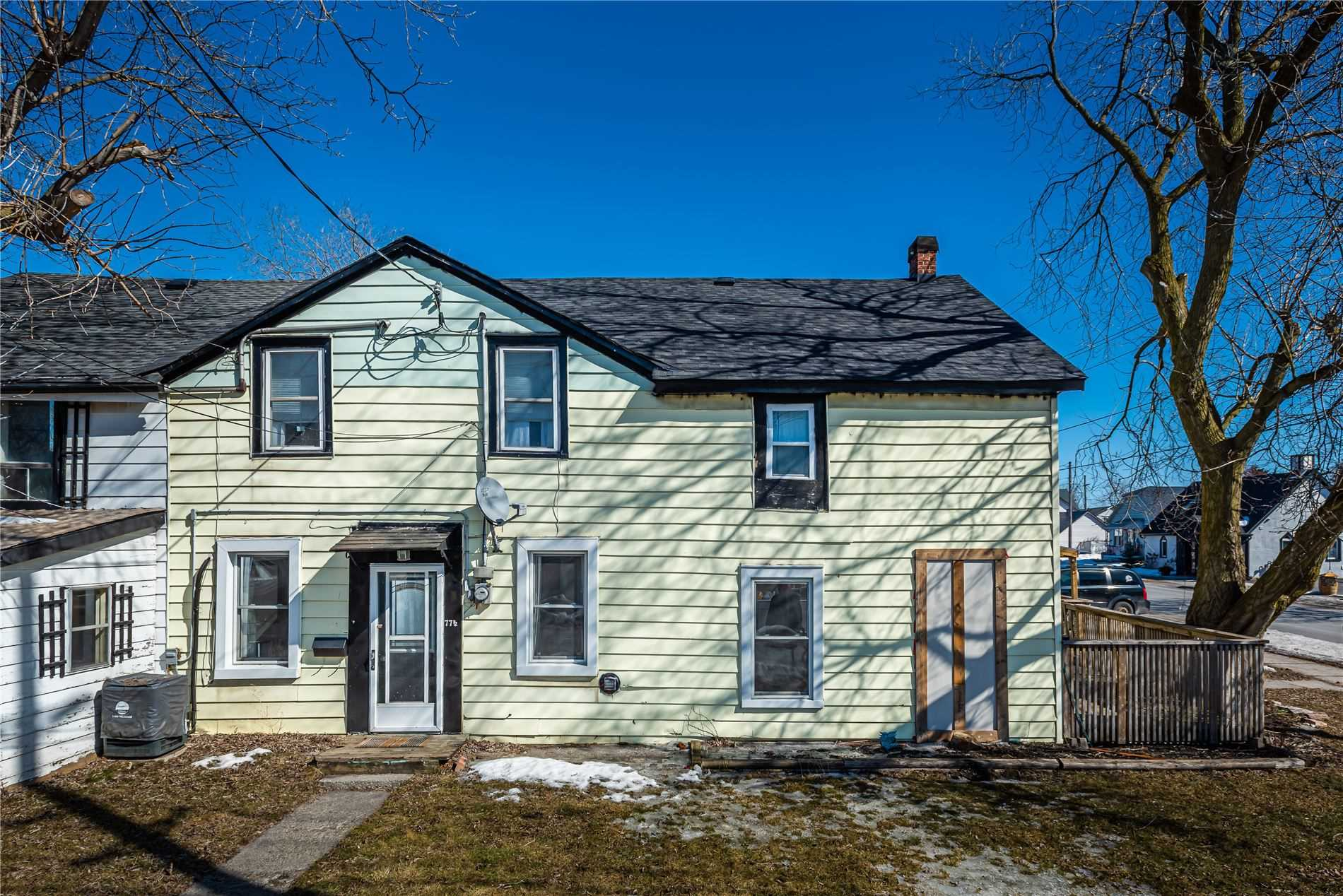 77 1/2 South Church St, Belleville, Ontario K8N 3B7, 4 Bedrooms Bedrooms, ,2 BathroomsBathrooms,Semi-detached,For Sale,South Church,X5137228