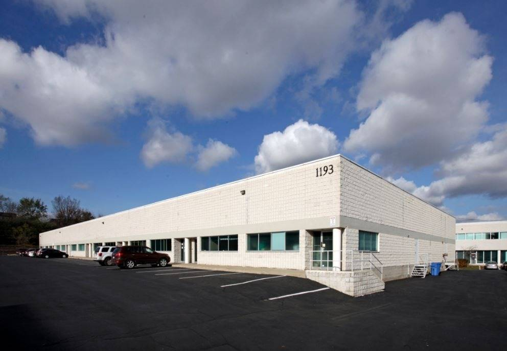 1193 North Service Rd, Oakville, L6M2V8, ,Industrial,For Lease,North Service,W4596386