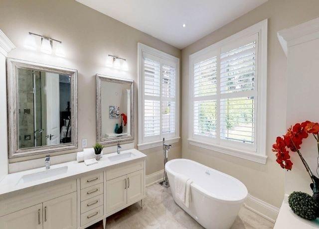 12 Sunvale Dr, Toronto, Ontario M9R1Z3, 5 Bedrooms Bedrooms, 12 Rooms Rooms,8 BathroomsBathrooms,Detached,For Sale,Sunvale,W4981173