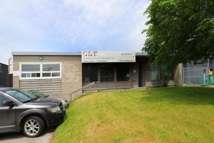 190 Bentworth Ave, Toronto, Ontario M6A1P8, ,Industrial,For Sale,Bentworth,W4778030