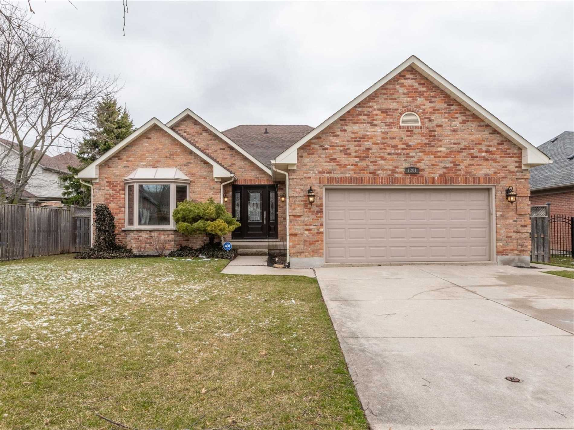 1301 Hazelton Blvd, Burlington, L7P4V5, 4 Bedrooms Bedrooms, ,3 BathroomsBathrooms,Detached,For Sale,Hazelton,W4731298