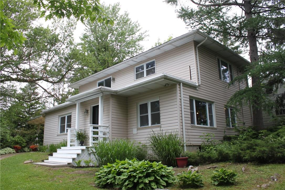 104 BATTERY Street, Fort Erie, Ontario L2A3L5, 2 Bedrooms Bedrooms, ,2 BathroomsBathrooms,For Sale,BATTERY,30701548