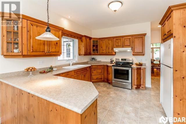 299 SHANTY BAY Road, Barrie, Ontario L4M1E5, 3 Bedrooms Bedrooms, ,2 BathroomsBathrooms,For Sale,SHANTY BAY,30684799