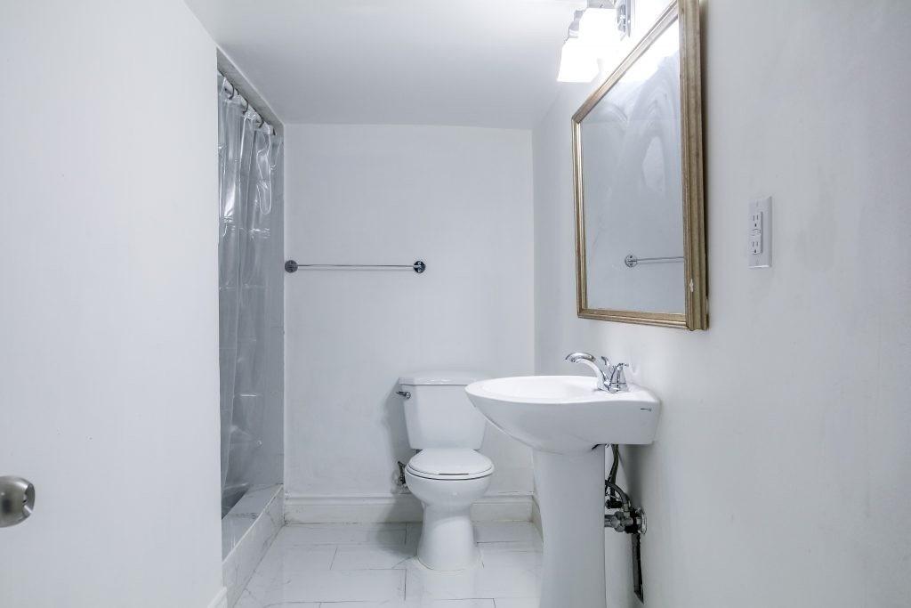 4 Portia St, Toronto, Ontario M1E1T5, 4 Bedrooms Bedrooms, 10 Rooms Rooms,6 BathroomsBathrooms,Duplex,For Sale,Portia,E5130963