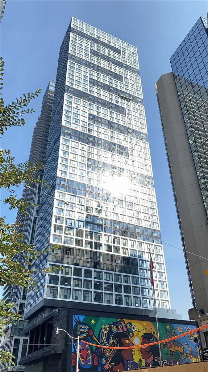 251 Jarvis St, Toronto, Ontario M5B2C2, 3 Rooms Rooms,1 BathroomBathrooms,Condo Apt,For Sale,Jarvis,C4932244