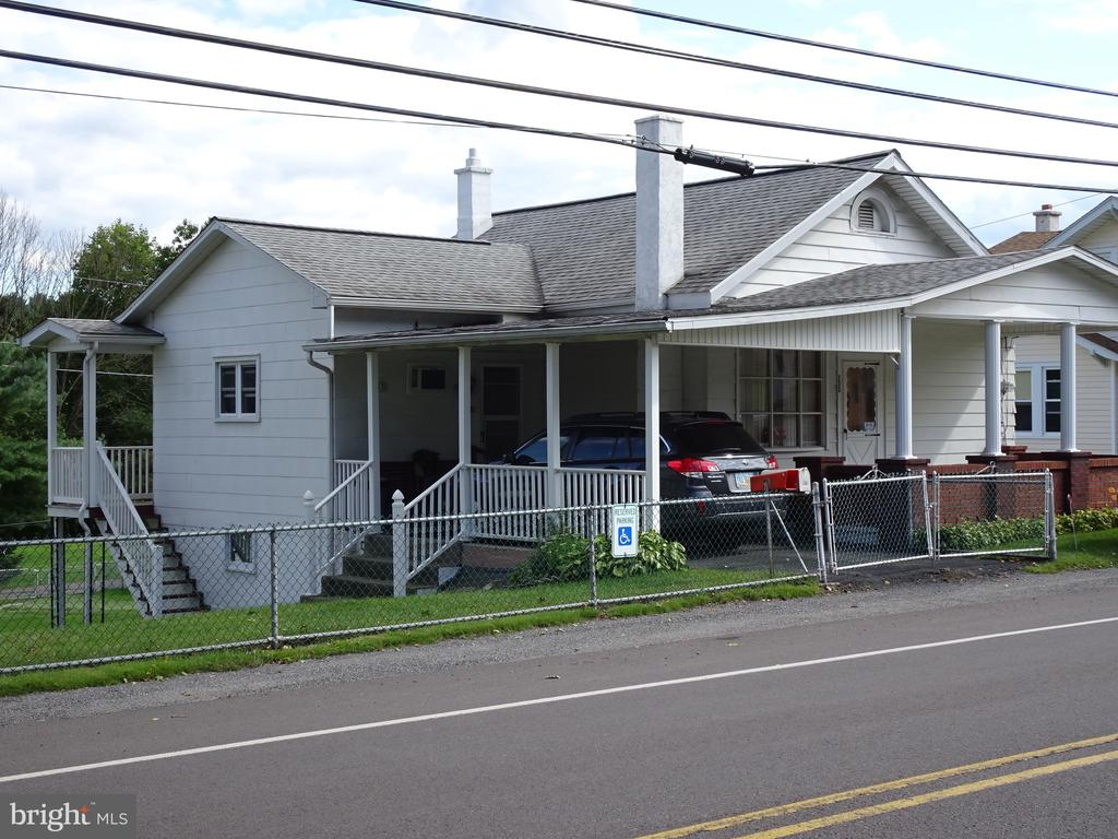 200 LAVELLE ROAD, ASHLAND, PA 17921, 3 Bedrooms Bedrooms, ,2 BathroomsBathrooms,Residential,For Sale,LAVELLE,PASK127542