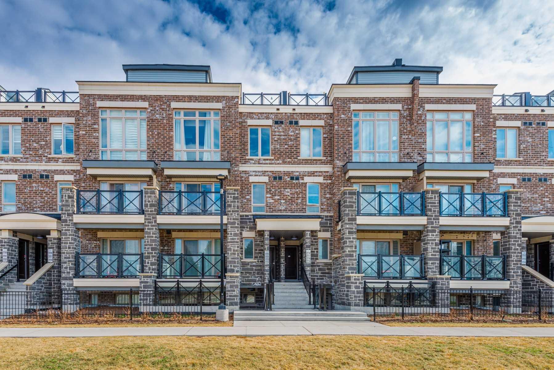 10 Westmeath Lane, Markham, Ontario L6B1N3, 2 Bedrooms Bedrooms, ,2 BathroomsBathrooms,Condo Townhouse,For Sale,Westmeath,N5189117