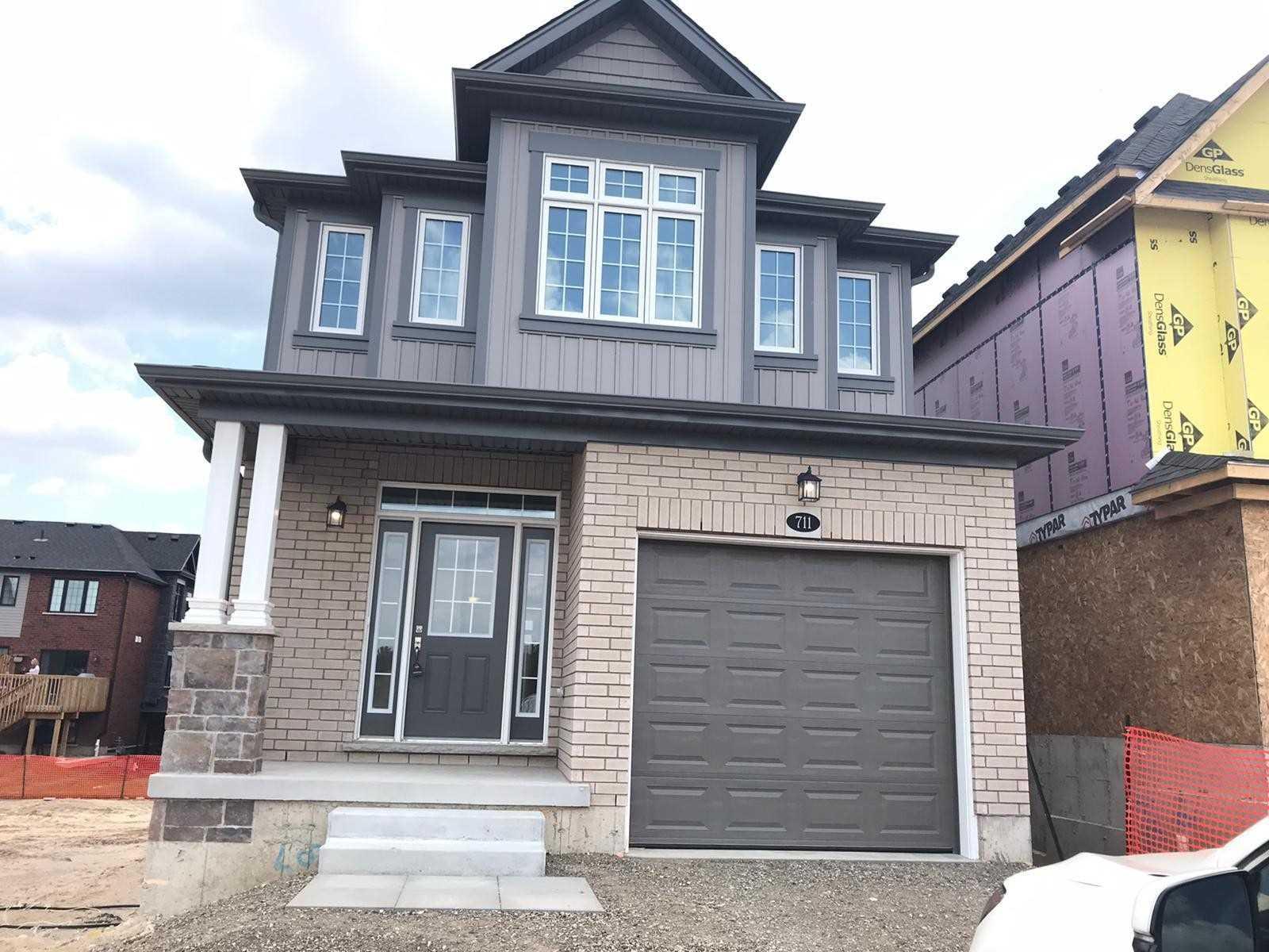 711 Thomas Slee Dr, Kitchener, Ontario N2P0J1, 3 Bedrooms Bedrooms, ,3 BathroomsBathrooms,Detached,For Lease,Thomas Slee,X5160972
