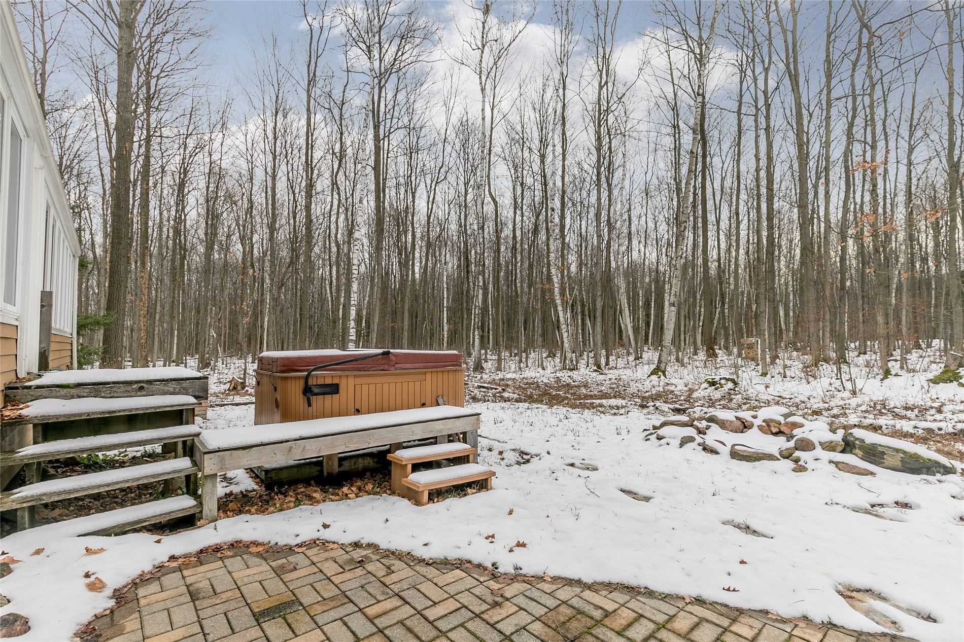 2323 Snow Valley Rd, Springwater, Ontario L0L1Y2, 3 Bedrooms Bedrooms, 8 Rooms Rooms,4 BathroomsBathrooms,Detached,For Sale,Snow Valley,S5167702