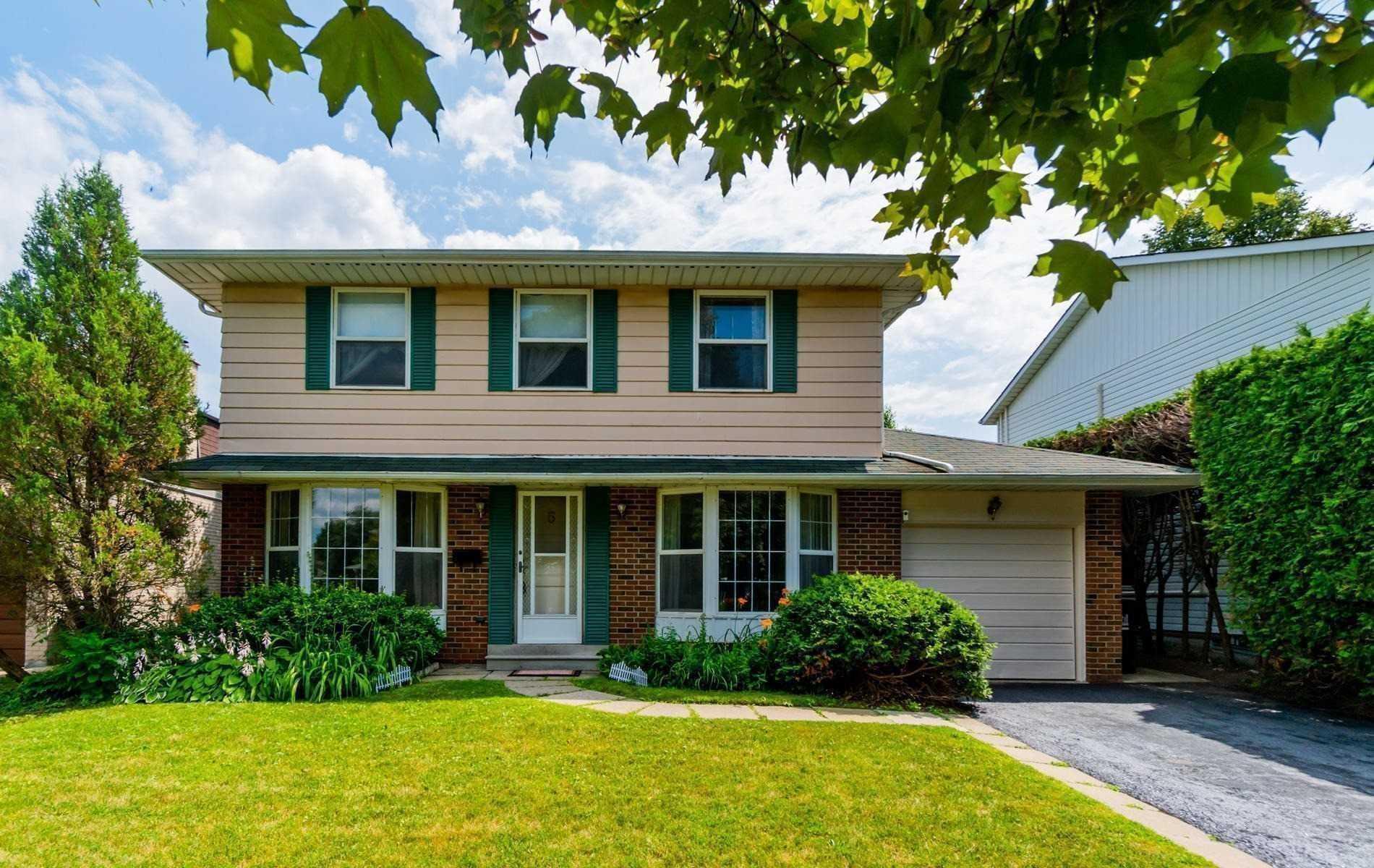 5 D'albret Cres, Toronto, Ontario M1T2X2, 4 Bedrooms Bedrooms, 8 Rooms Rooms,3 BathroomsBathrooms,Detached,For Sale,D'albret,E5087538