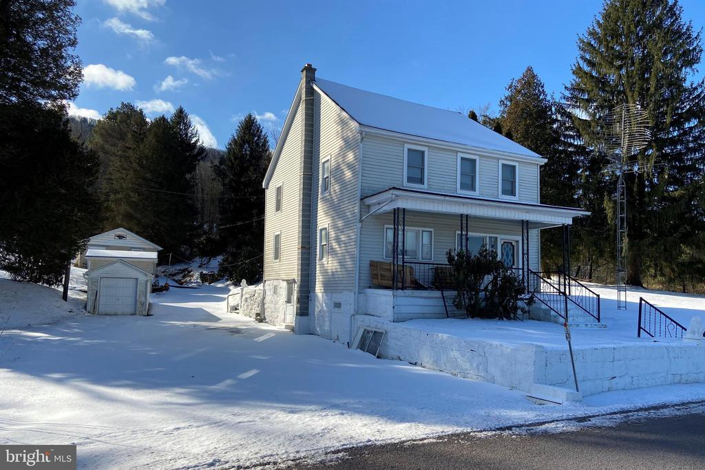480 AIRPORT ROAD, ASHLAND, PA 17921, 3 Bedrooms Bedrooms, ,2 BathroomsBathrooms,Residential,For Sale,AIRPORT ROAD,PASK129470