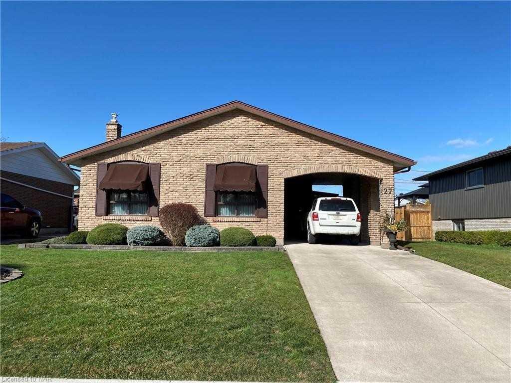 27 Trelawn Pkwy, Welland, Ontario L3C1W4, 3 Bedrooms Bedrooms, ,2 BathroomsBathrooms,Detached,For Sale,Trelawn,X5177183