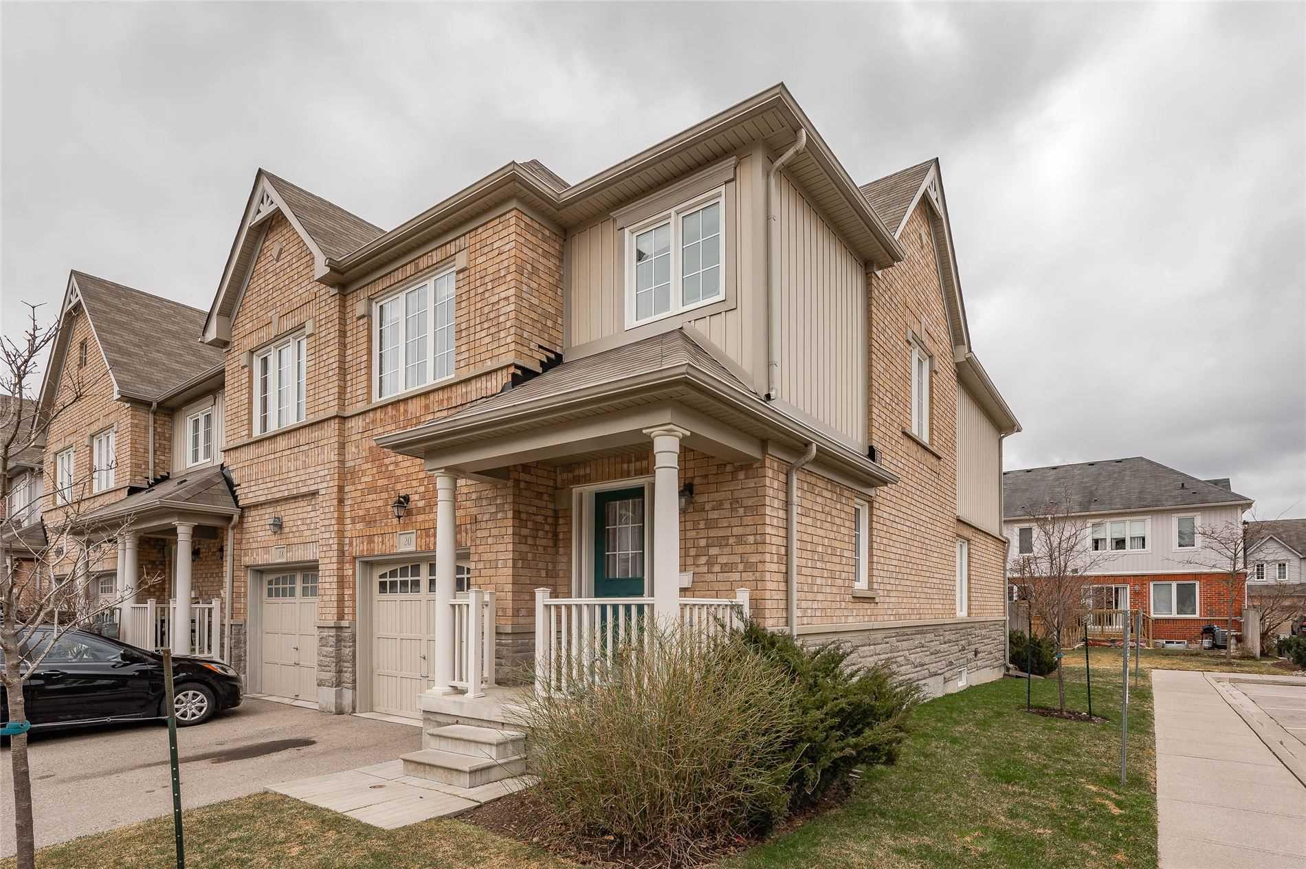 1035 Victoria Rd, Guelph, Ontario N1L0H5, 3 Bedrooms Bedrooms, ,3 BathroomsBathrooms,Condo Townhouse,For Sale,Victoria,X5174458