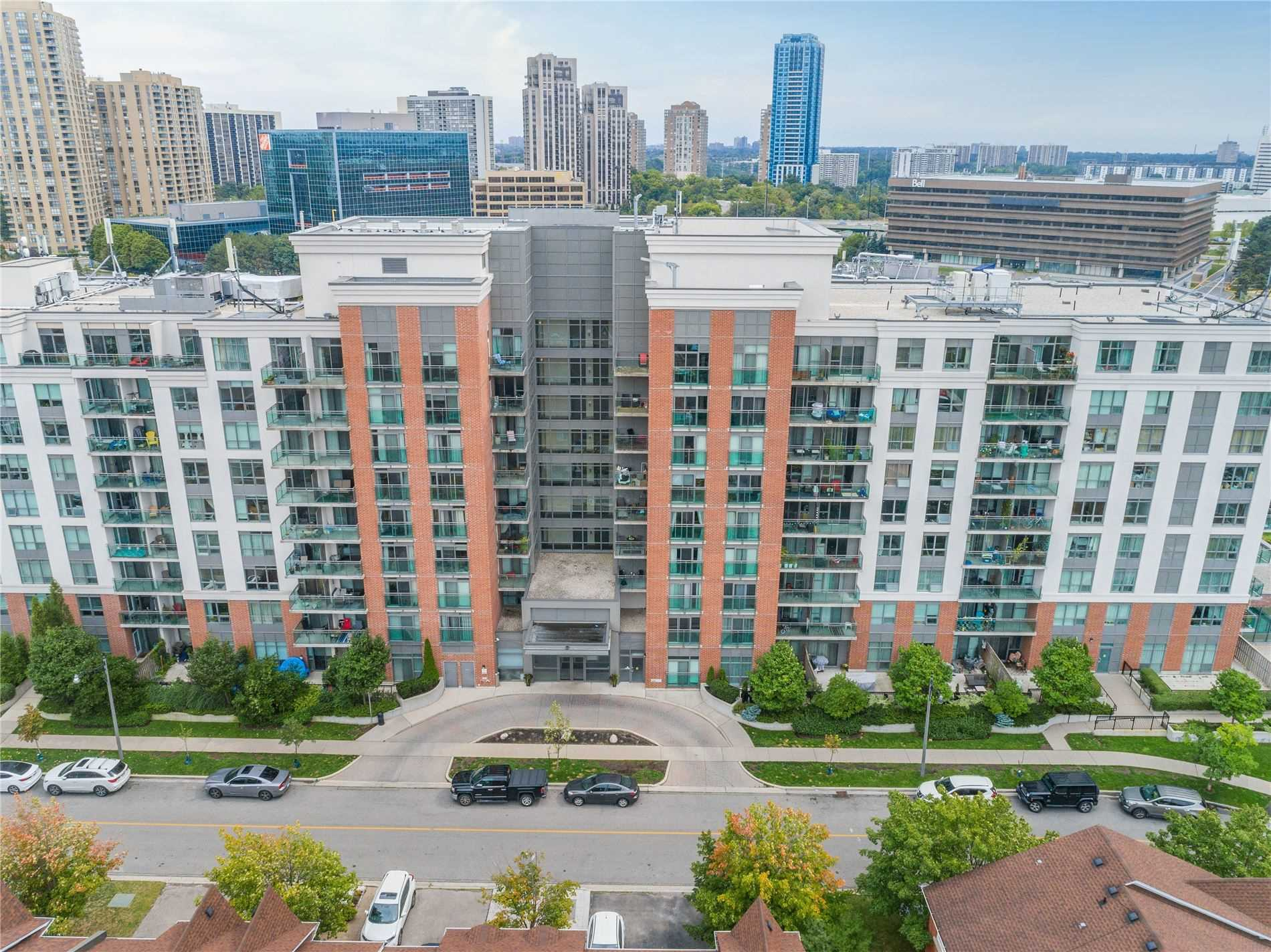 120 Dallimore Circ, Toronto, Ontario M3C4J1, 1 Bedroom Bedrooms, 3 Rooms Rooms,1 BathroomBathrooms,Condo Apt,For Sale,Dallimore,C4906943