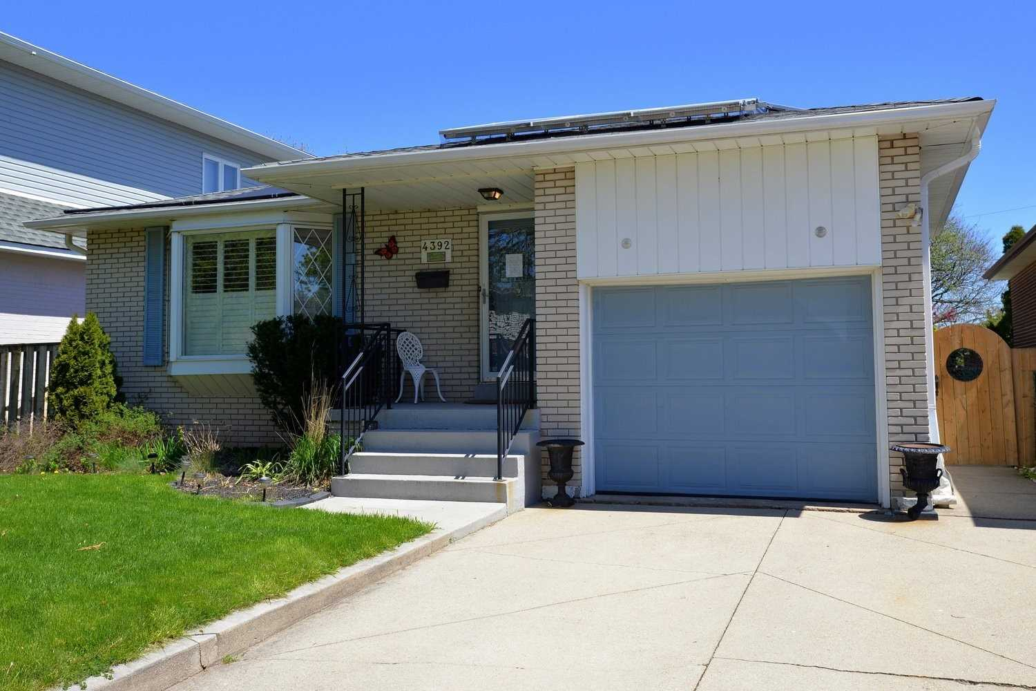 4392 Bennett Rd, Burlington, L7L1Y7, 3 Bedrooms Bedrooms, ,2 BathroomsBathrooms,Detached,For Sale,Bennett,W4768399