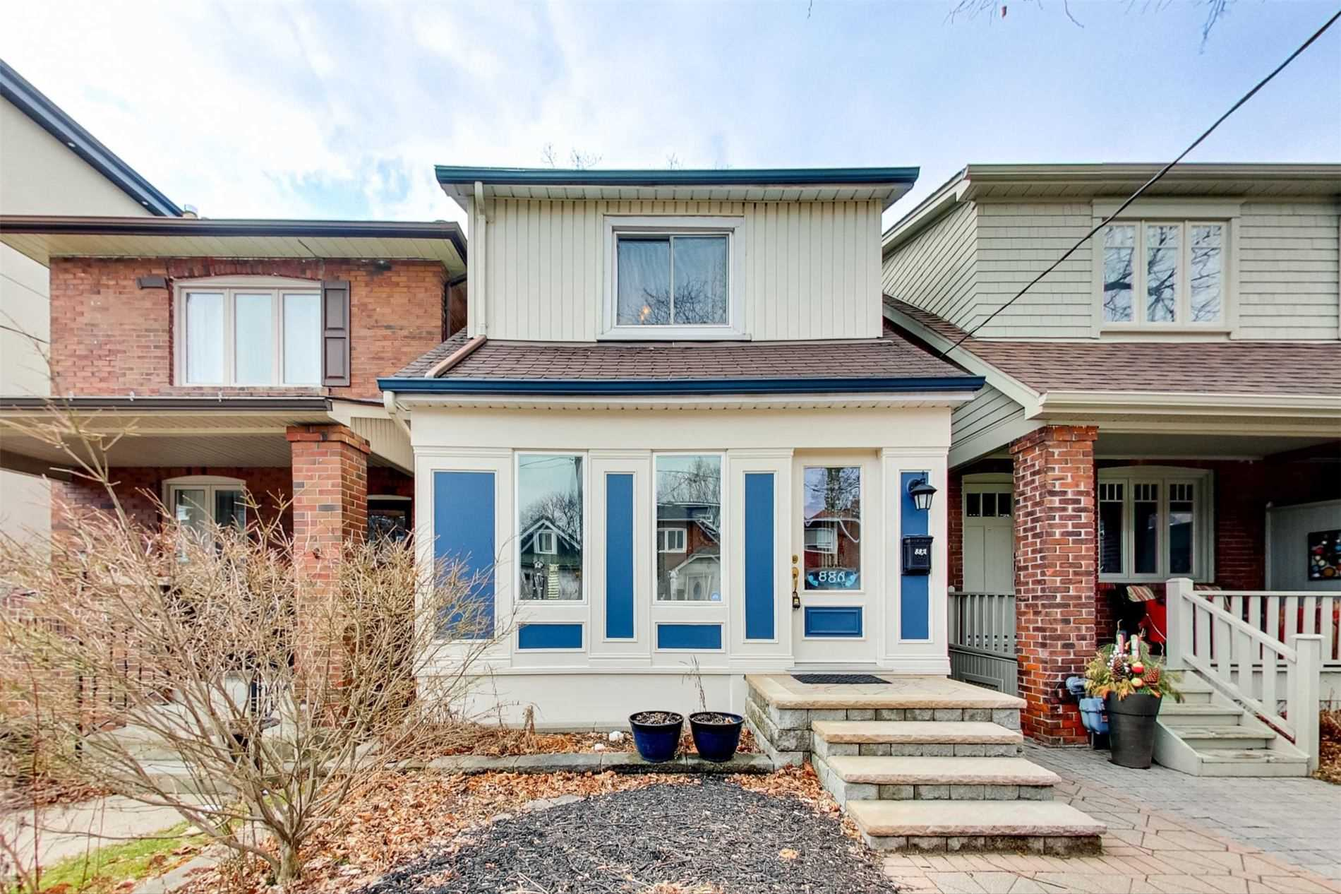 88A Brookside Ave, Toronto, Ontario M6S4G9, 2 Bedrooms Bedrooms, 9 Rooms Rooms,2 BathroomsBathrooms,Detached,For Sale,Brookside,W4798277