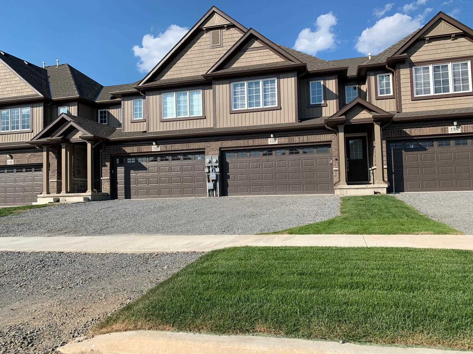 138 Juneberry Rd, Thorold, Ontario L2V-0H8, 4 Bedrooms Bedrooms, ,5 BathroomsBathrooms,Att/row/twnhouse,For Sale,Juneberry,X5176473