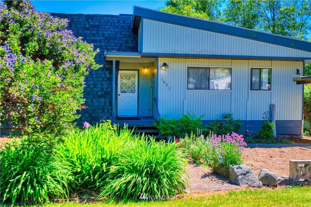 1921 Lummi Way, Point Roberts, Washington 98281, 2 Bedrooms Bedrooms, ,2 BathroomsBathrooms,Residential,For Sale,Lummi,NWM1779395