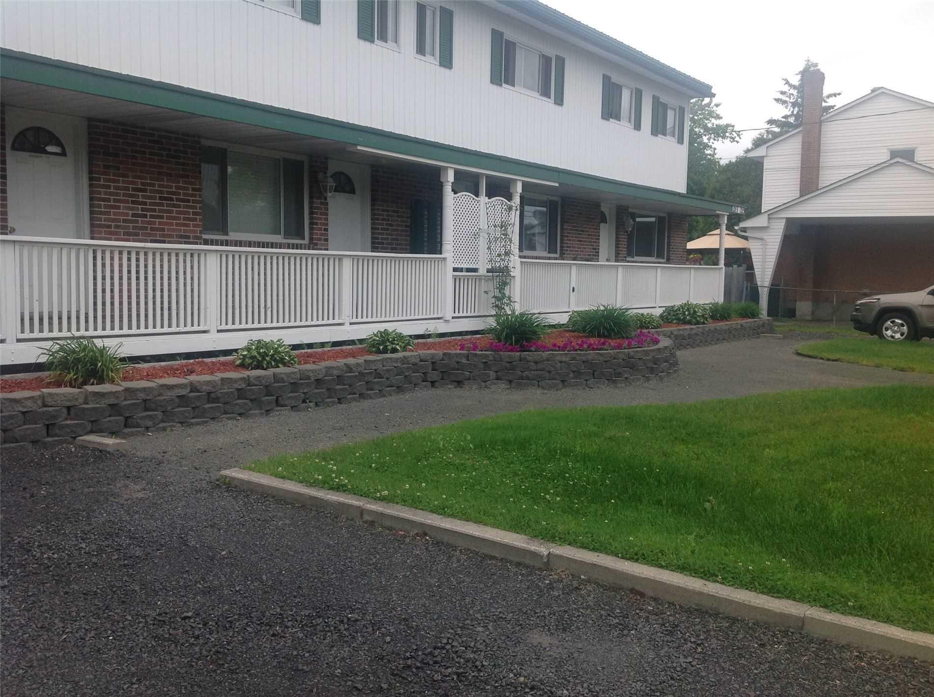1209 Paquette St, Greater Sudbury, Ontario P3A3X9, 2 Bedrooms Bedrooms, ,2 BathroomsBathrooms,Fourplex,For Sale,Paquette,X5151675