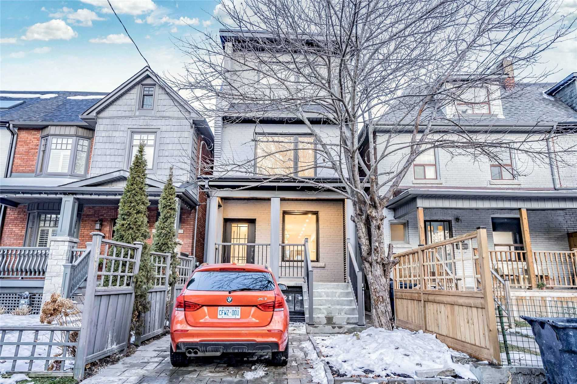 629 Shaw St, Toronto, Ontario M6G3L8, 3 Bedrooms Bedrooms, 8 Rooms Rooms,4 BathroomsBathrooms,Detached,For Sale,Shaw,C5113720