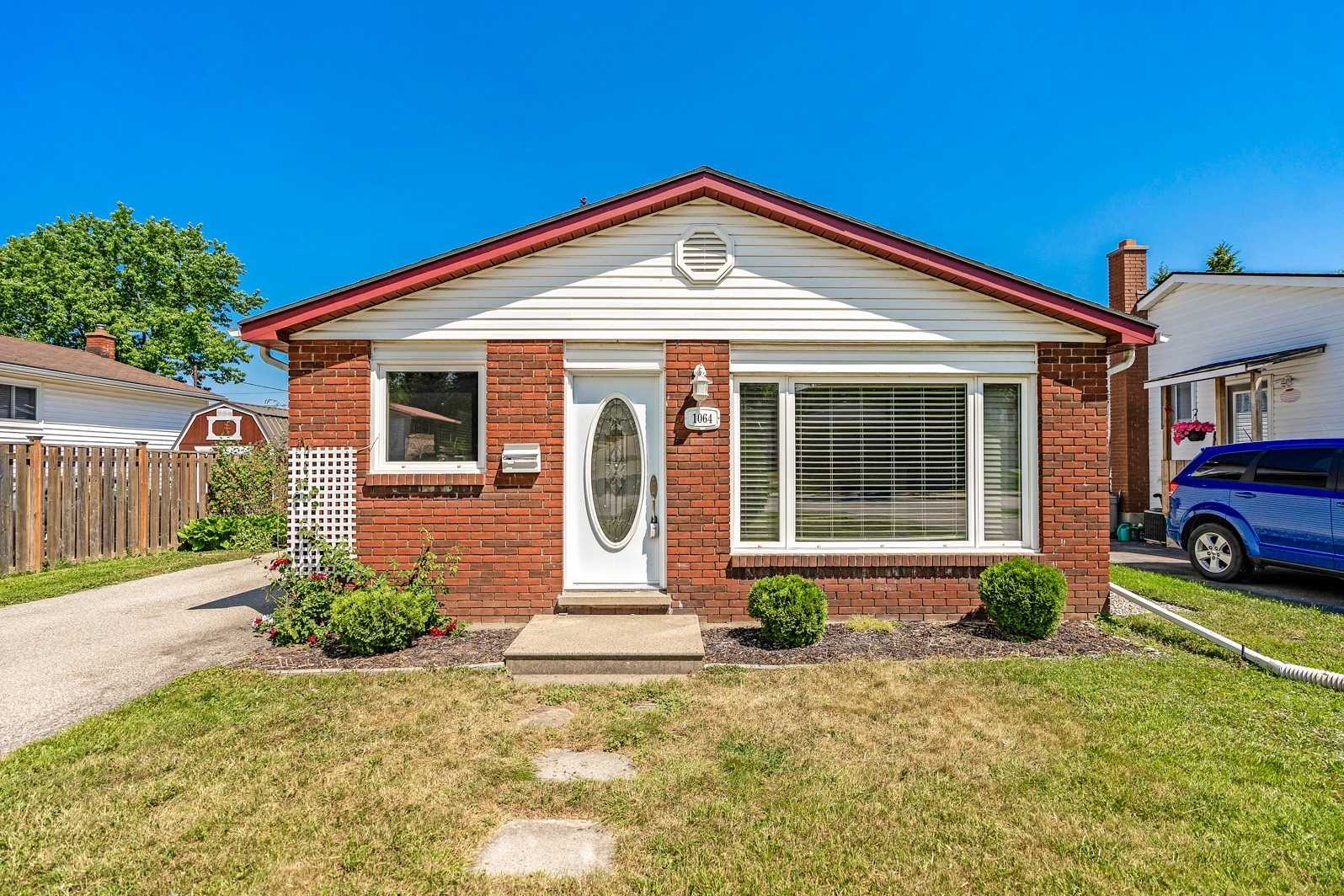 1064 10th St, Owen Sound, Ontario N4K 1T6, 3 Bedrooms Bedrooms, ,2 BathroomsBathrooms,Detached,For Sale,10th,X5273089