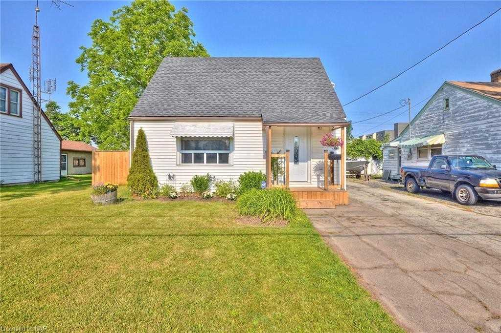 271 Crowland Ave, Welland, Ontario L3B 1X5, 3 Bedrooms Bedrooms, ,1 BathroomBathrooms,Detached,For Sale,Crowland,X5272413