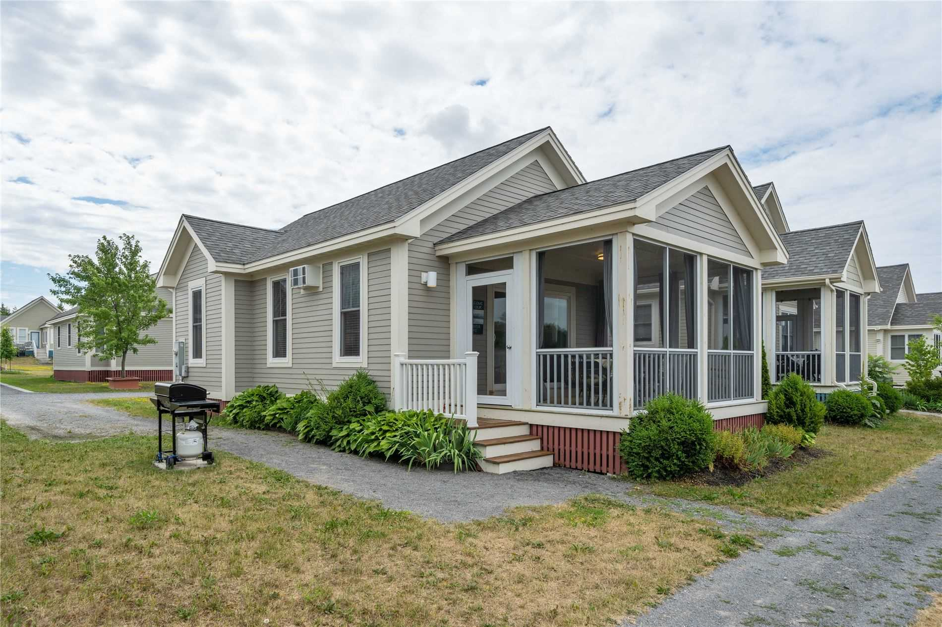 4 Butternut Lane, Prince Edward County, Ontario K0K1P0, 2 Bedrooms Bedrooms, ,1 BathroomBathrooms,Cottage,For Sale,Butternut,X5078155
