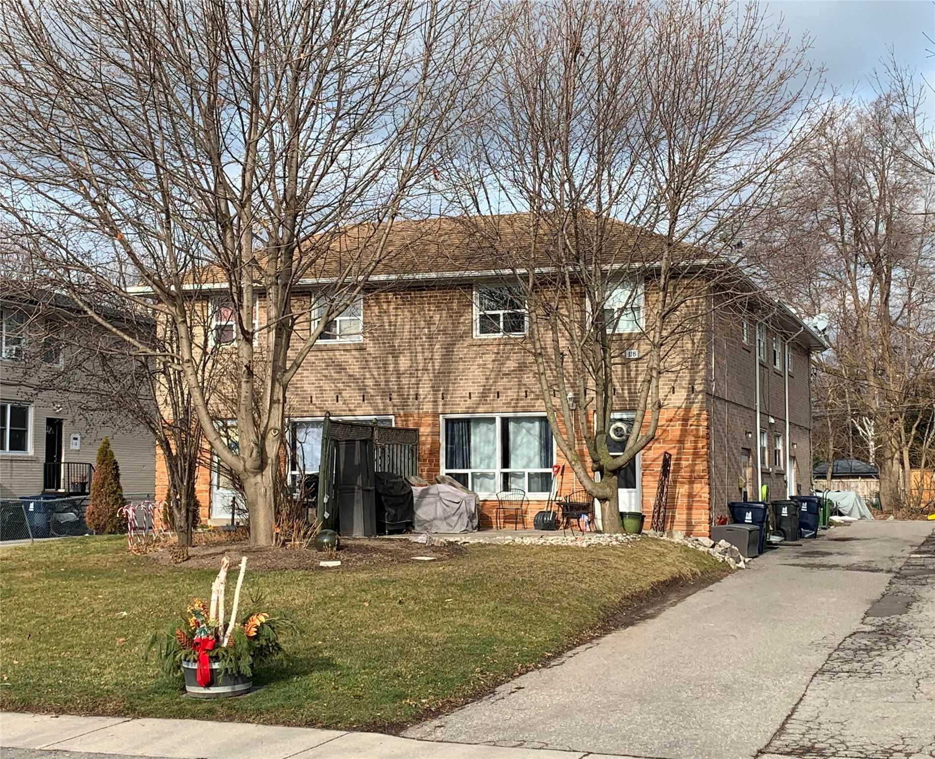 114-120 Guildwood Pkwy, Toronto, Ontario M1E 1P3, 3 Bedrooms Bedrooms, 6 Rooms Rooms,5 BathroomsBathrooms,Fourplex,For Sale,Guildwood,E5100229