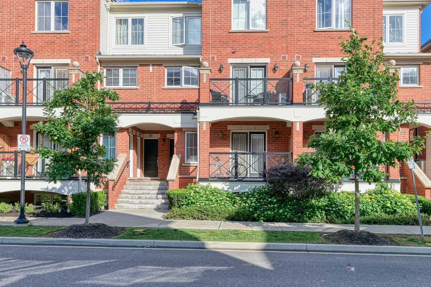 2460 Post Rd, Oakville, L6H 0J2, 2 Bedrooms Bedrooms, ,2 BathroomsBathrooms,Condo Townhouse,For Sale,Post,W4804735