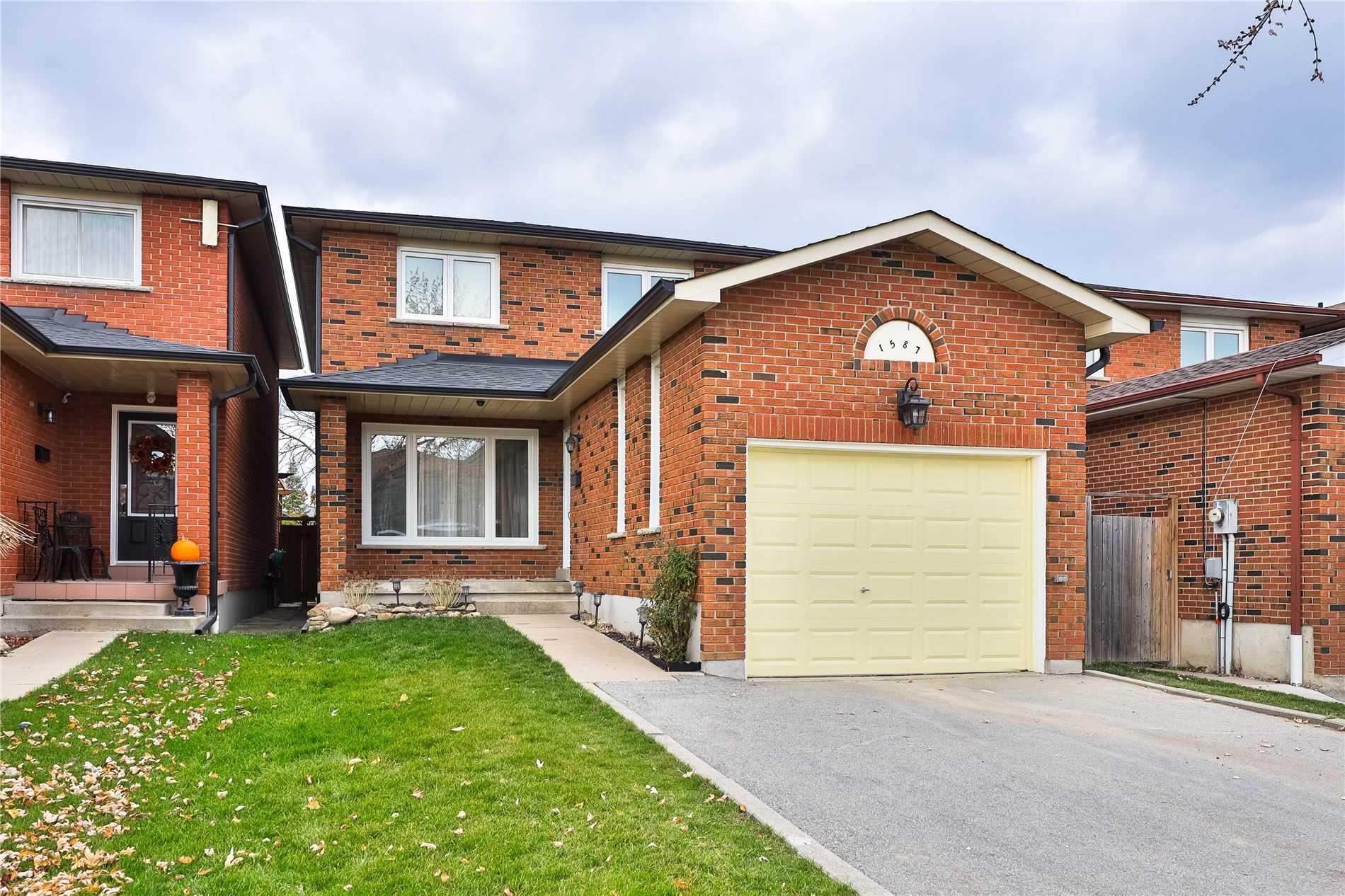 1587 Shale Oak Mews, Mississauga, Ontario L4W2M1, 3 Bedrooms Bedrooms, ,4 BathroomsBathrooms,Detached,For Sale,Shale Oak,W5081660