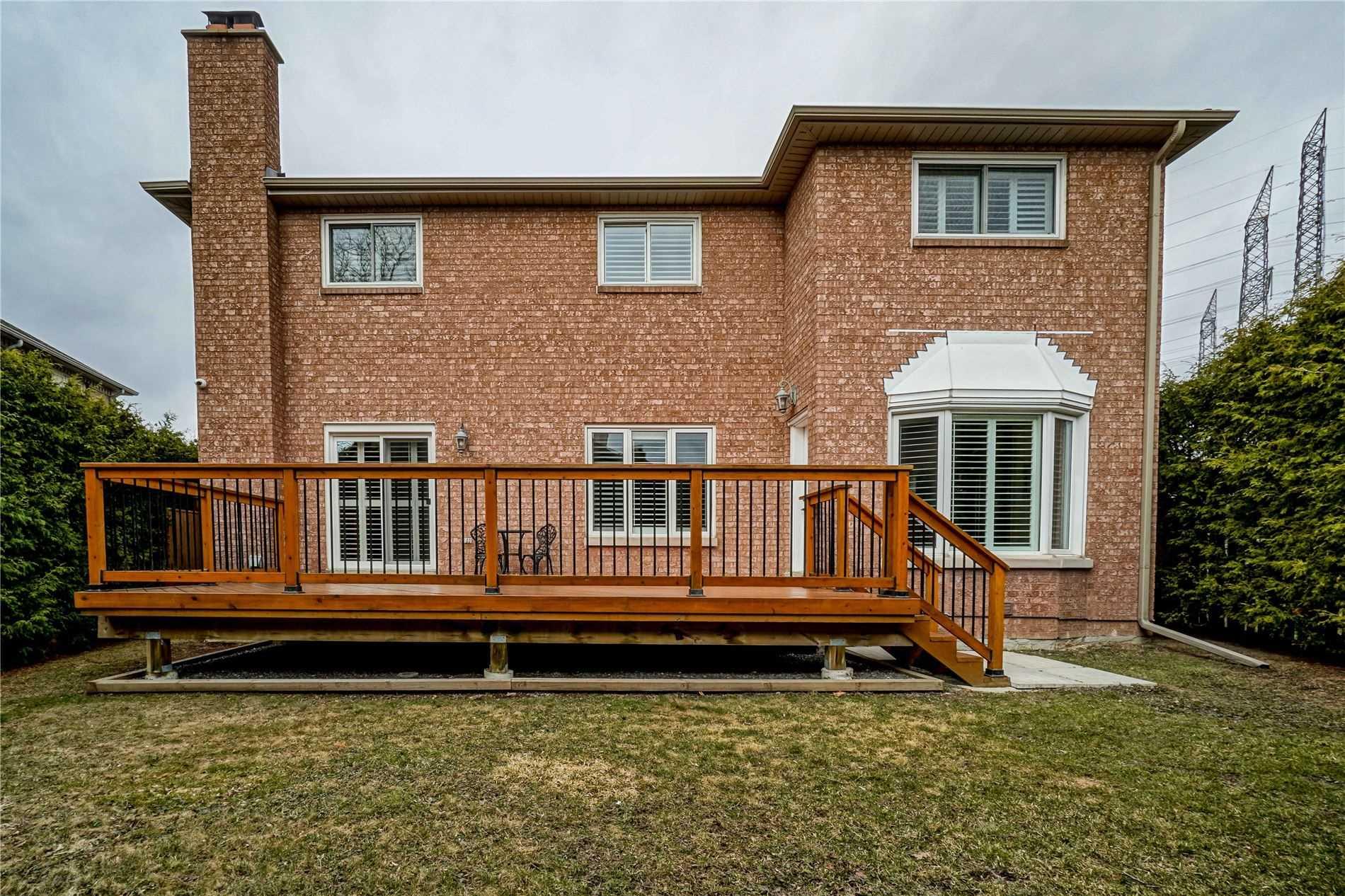 21 Fairfax Crt, Vaughan, Ontario L4J 7S1, 5 Bedrooms Bedrooms, 10 Rooms Rooms,6 BathroomsBathrooms,Detached,For Sale,Fairfax,N5167789