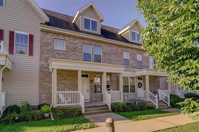 54 GARDENS WAY S, Fitchburg, Wisconsin 53711, 3 Bedrooms Bedrooms, ,Rental,For Rent,GARDENS WAY,1897077