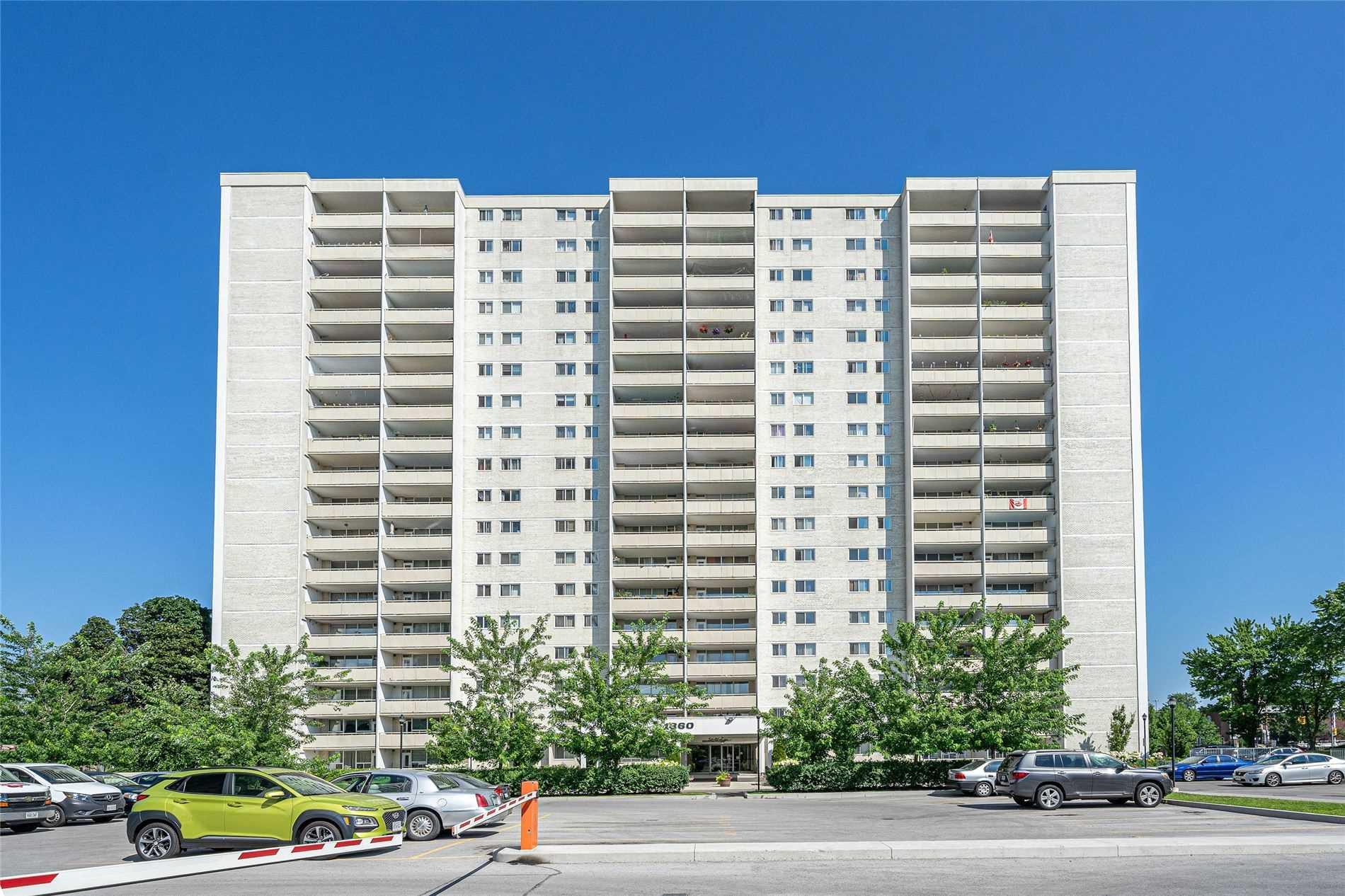 1360 York Mills Rd, Toronto, Ontario M3A2A2, 3 Bedrooms Bedrooms, 6 Rooms Rooms,2 BathroomsBathrooms,Condo Apt,For Sale,York Mills,C4886406