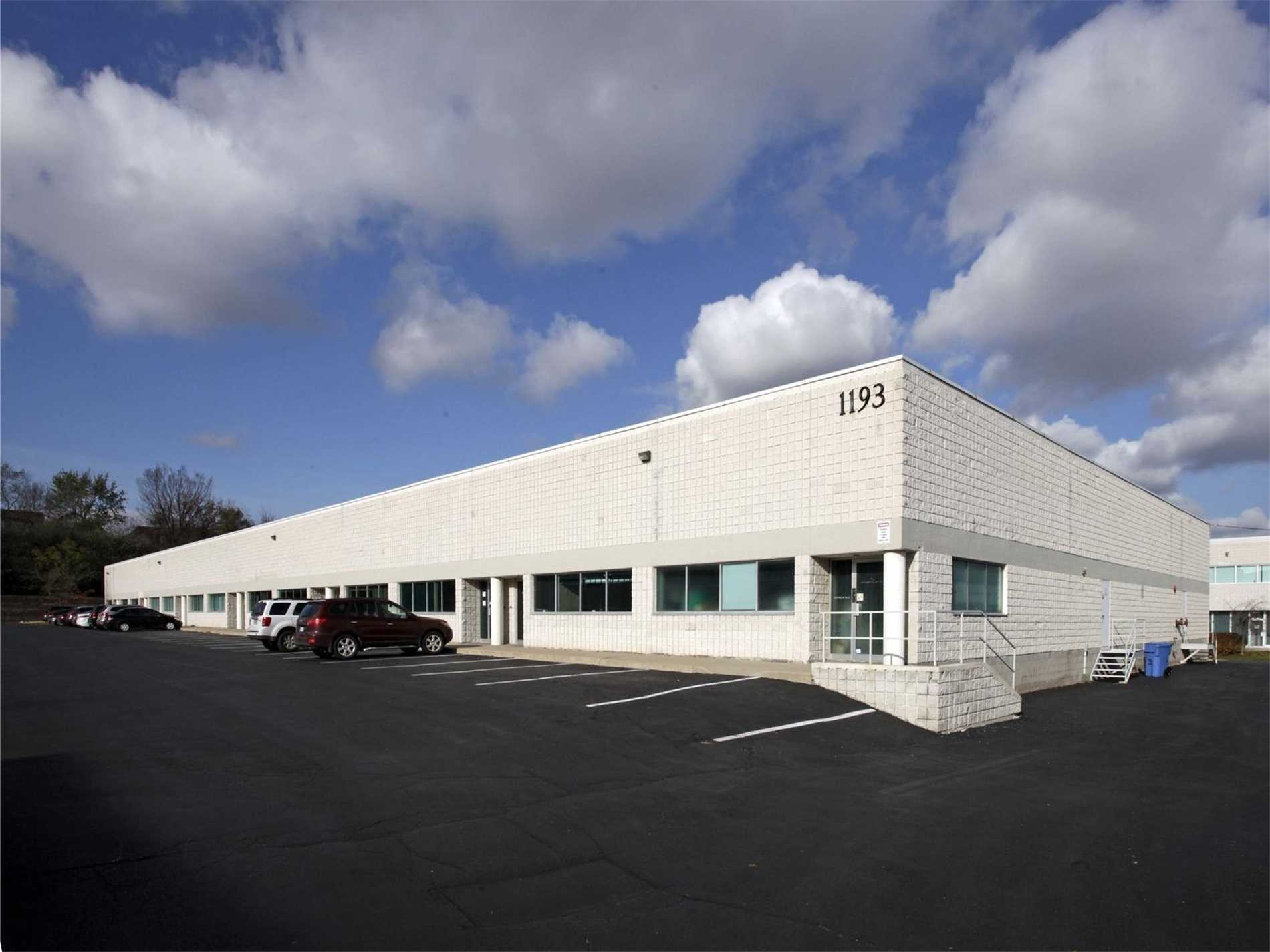 1193 North Service Rd, Oakville, L6M2V8, ,Industrial,For Lease,North Service,W4738174