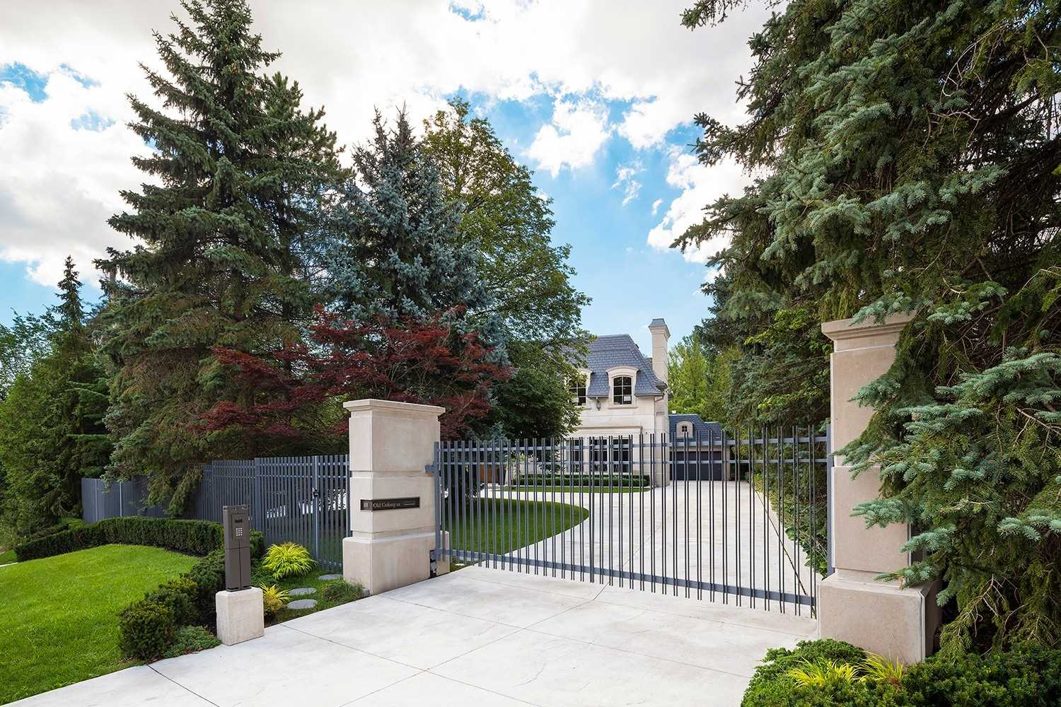 101 Old Colony Rd, Toronto, Ontario M2L2K3, 5 Bedrooms Bedrooms, 12 Rooms Rooms,9 BathroomsBathrooms,Detached,For Sale,Old Colony,C4857200