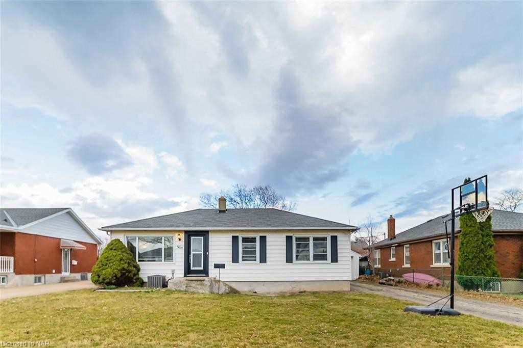 4 Munro St, Thorold, Ontario L2V 2V8, 3 Bedrooms Bedrooms, ,2 BathroomsBathrooms,Detached,For Sale,Munro,X5167856