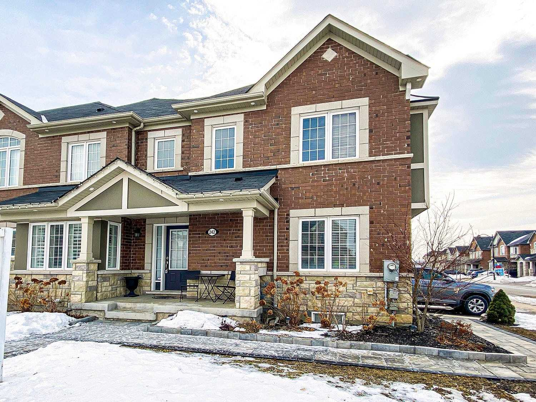 242 Thomas Phillips Dr, Aurora, Ontario L4G0T6, 4 Bedrooms Bedrooms, ,4 BathroomsBathrooms,Att/row/twnhouse,For Sale,Thomas Phillips,N5143498