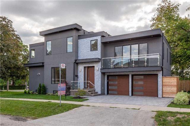 2 Meadowbank Rd, Toronto, Ontario M9B5C5, 4 Bedrooms Bedrooms, 7 Rooms Rooms,5 BathroomsBathrooms,Detached,For Sale,Meadowbank,W5079207