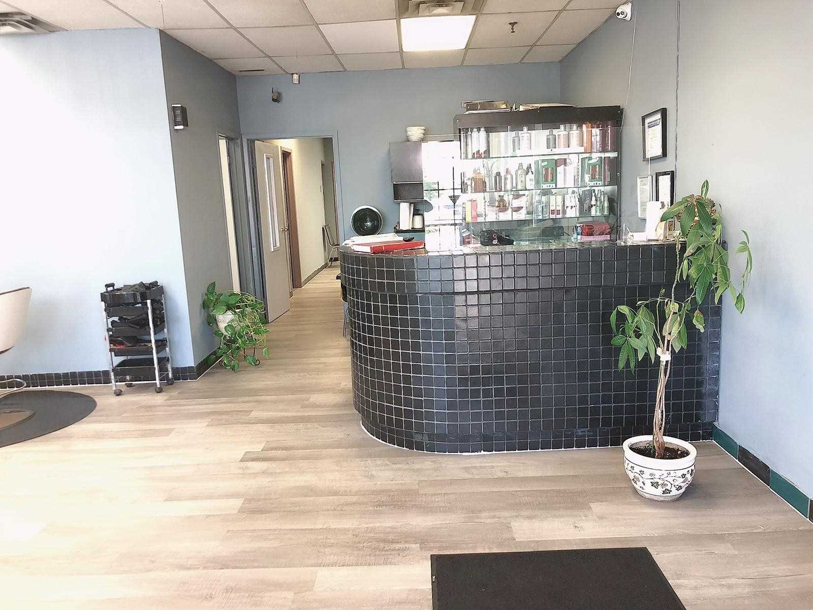 2565 Steeles Ave, Brampton, Ontario L6T 4L6, ,Sale Of Business,For Sale,Steeles,W4826477