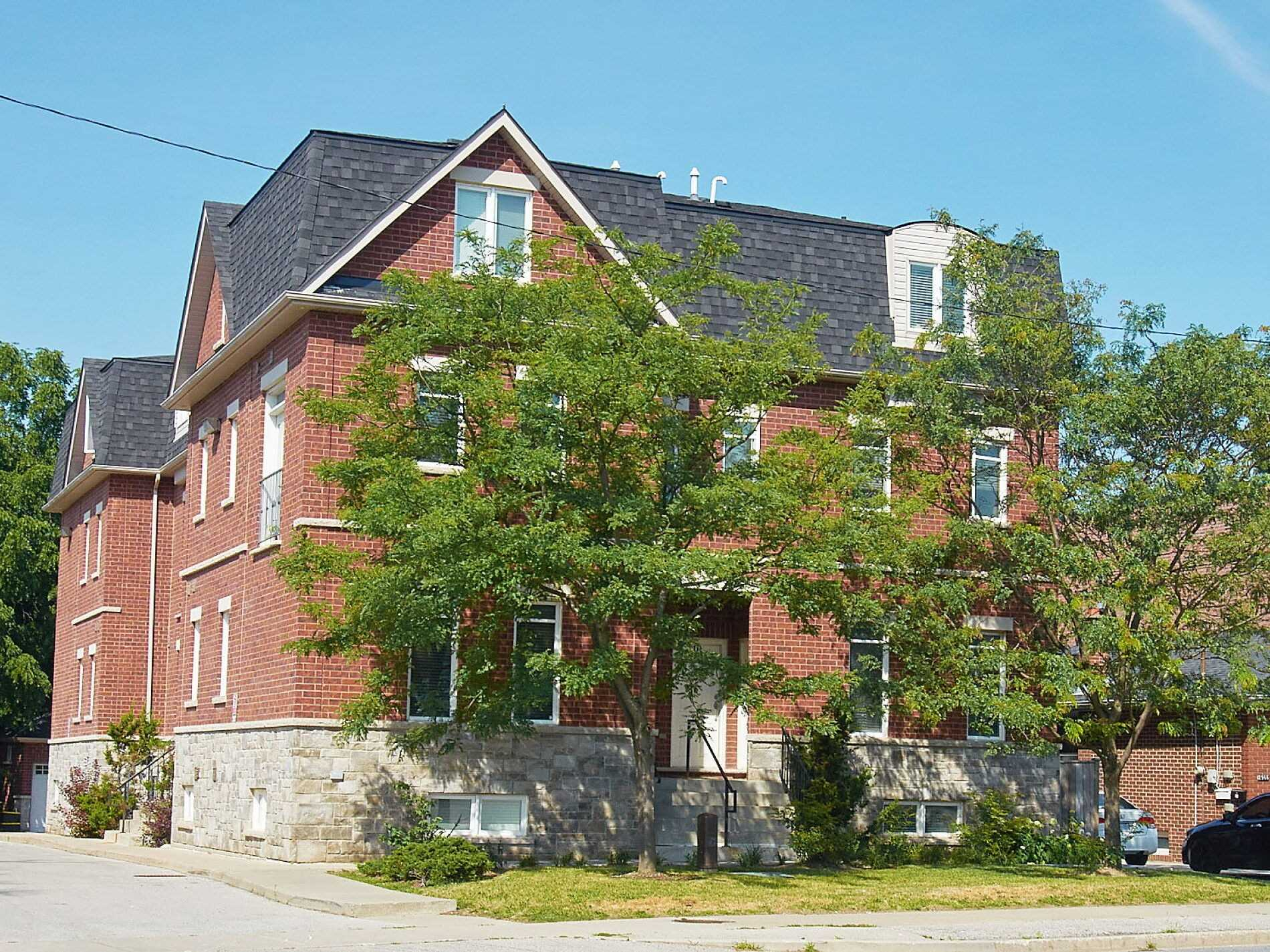 2964 Islington Ave, Toronto, Ontario M9L2K6, 2 Bedrooms Bedrooms, 5 Rooms Rooms,2 BathroomsBathrooms,Condo Townhouse,For Sale,Islington,W4846270