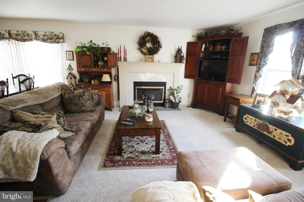 195 COMICE COURT, TELFORD, PA 18969, 3 Bedrooms Bedrooms, ,1 BathroomBathrooms,Residential,For Sale,COMICE,PAMC605272