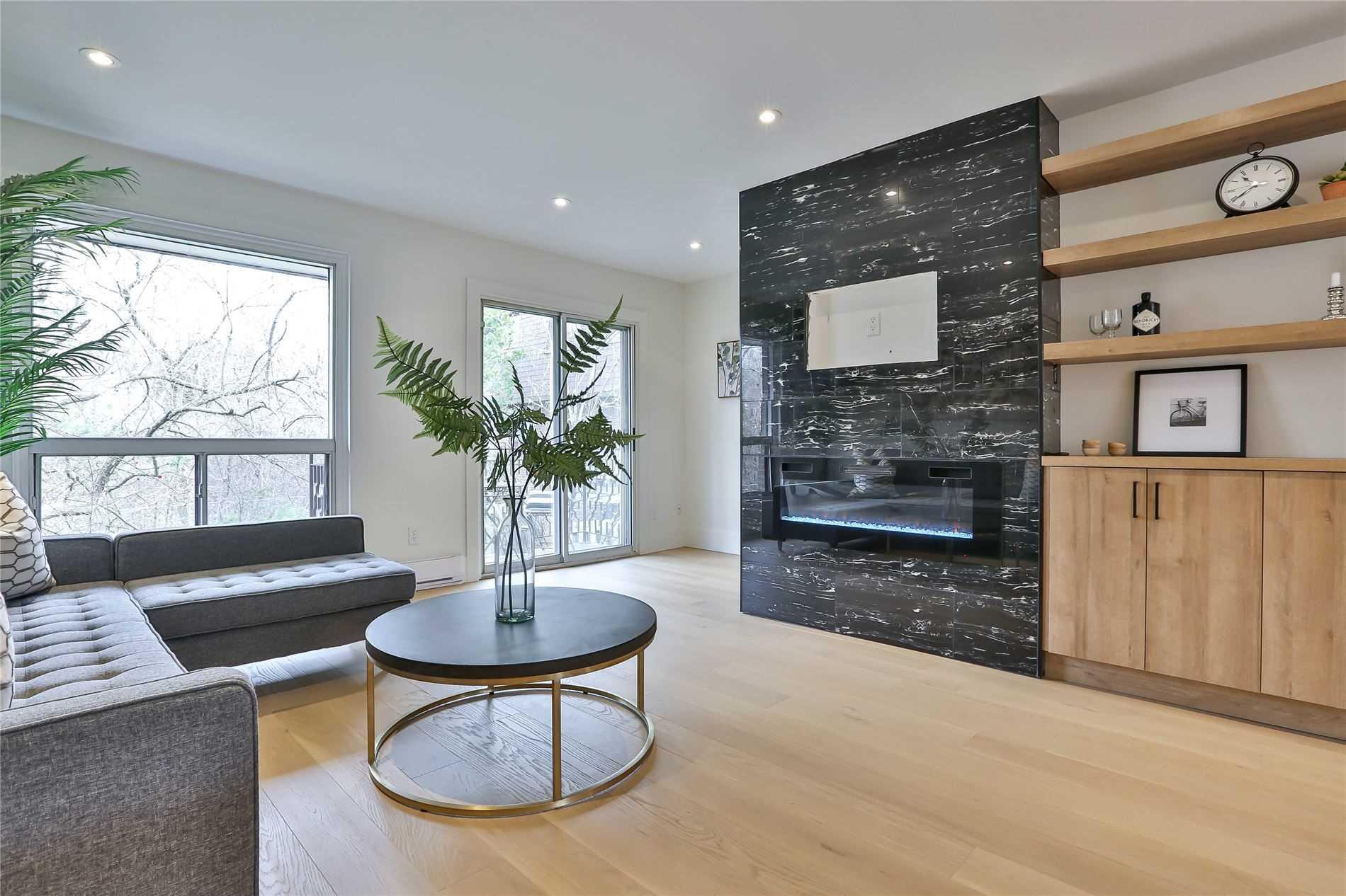 100 Henderson Ave, Markham, Ontario L3T2K8, 3 Bedrooms Bedrooms, ,3 BathroomsBathrooms,Condo Townhouse,For Sale,Henderson,N5188649