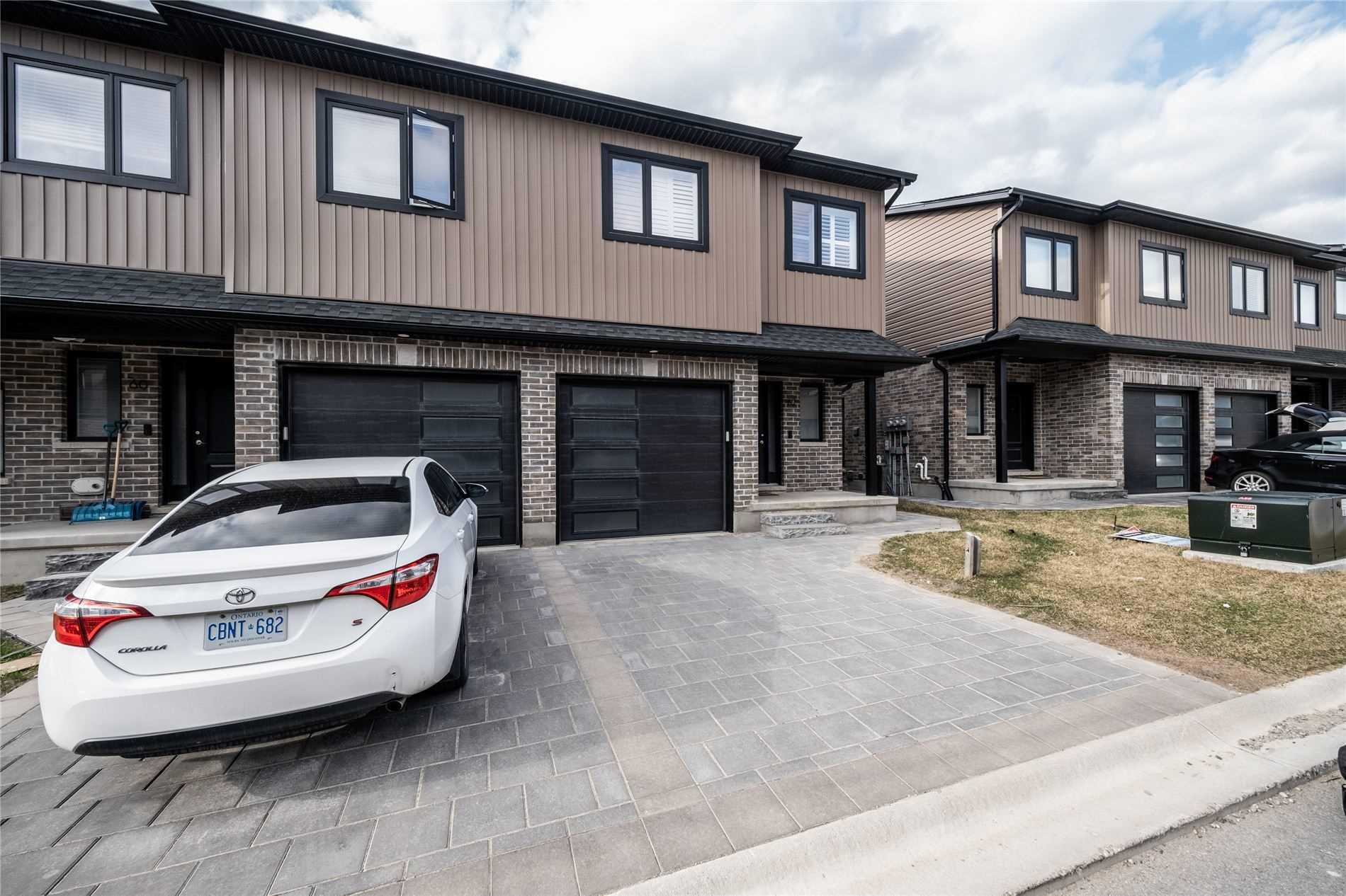 62-811 Sarnia Rd, London, Ontario N6H0K3, 4 Bedrooms Bedrooms, ,3 BathroomsBathrooms,Att/row/twnhouse,For Sale,Sarnia,X5178750
