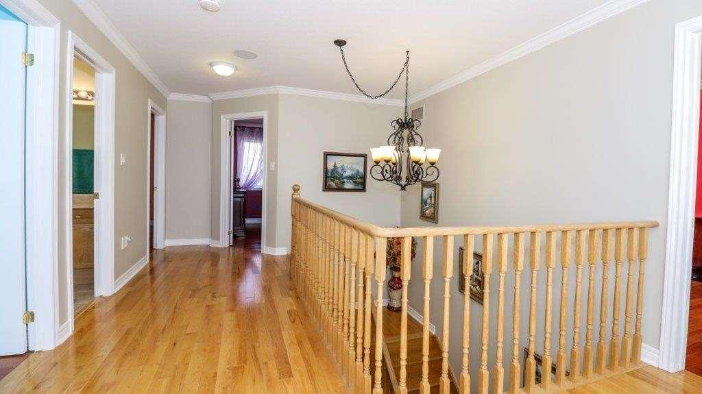 55 Windsor Cres, Barrie, Ontario L4N 0K4, 4 Bedrooms Bedrooms, ,3 BathroomsBathrooms,Detached,For Sale,Windsor,S5172404