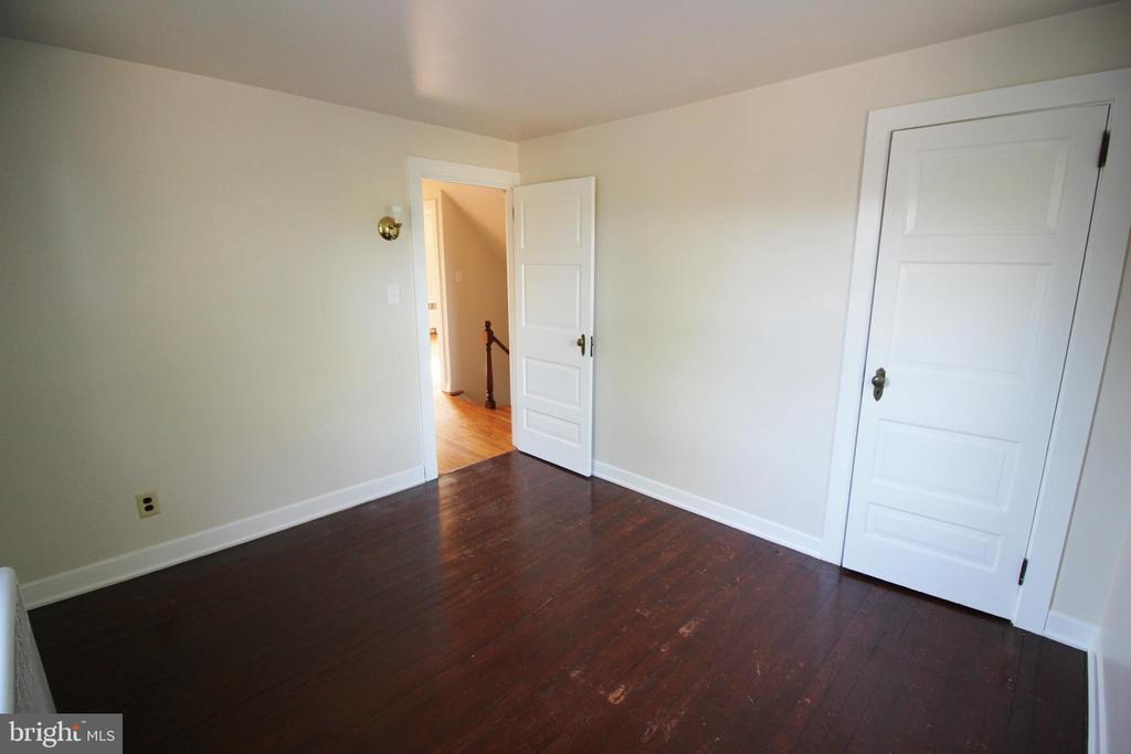 116 TELFORD PIKE, TELFORD, PA 18969, 4 Bedrooms Bedrooms, ,1 BathroomBathrooms,Residential Lease,For Rent,TELFORD,PAMC627476