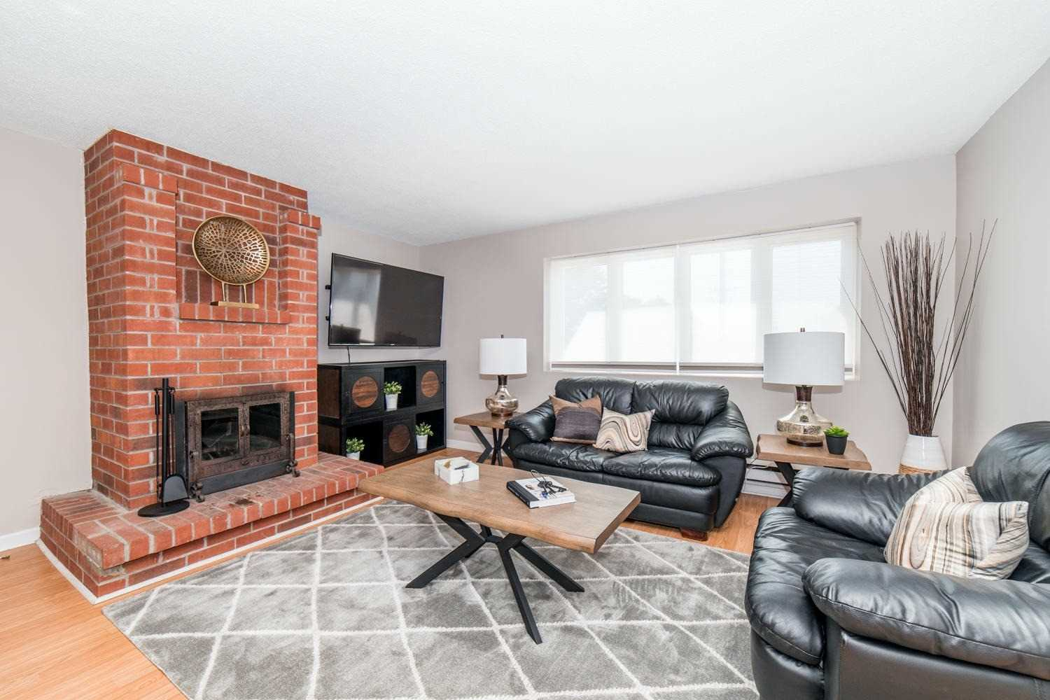 109 Old Kingston Rd, Ajax, Ontario L1T3A6, ,For Sale,Old Kingston,E4821370