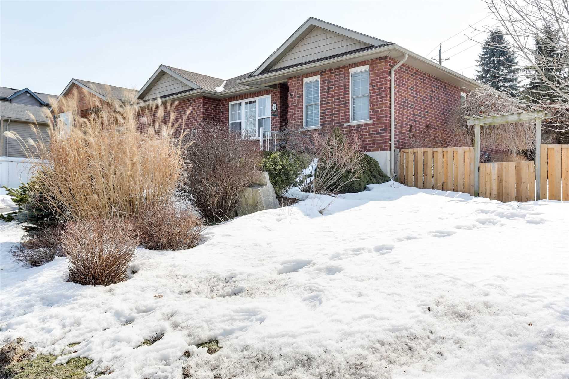 2 Anderson St, Woodstock, Ontario N4S8W9, 2 Bedrooms Bedrooms, ,2 BathroomsBathrooms,Detached,For Sale,Anderson,X5157171