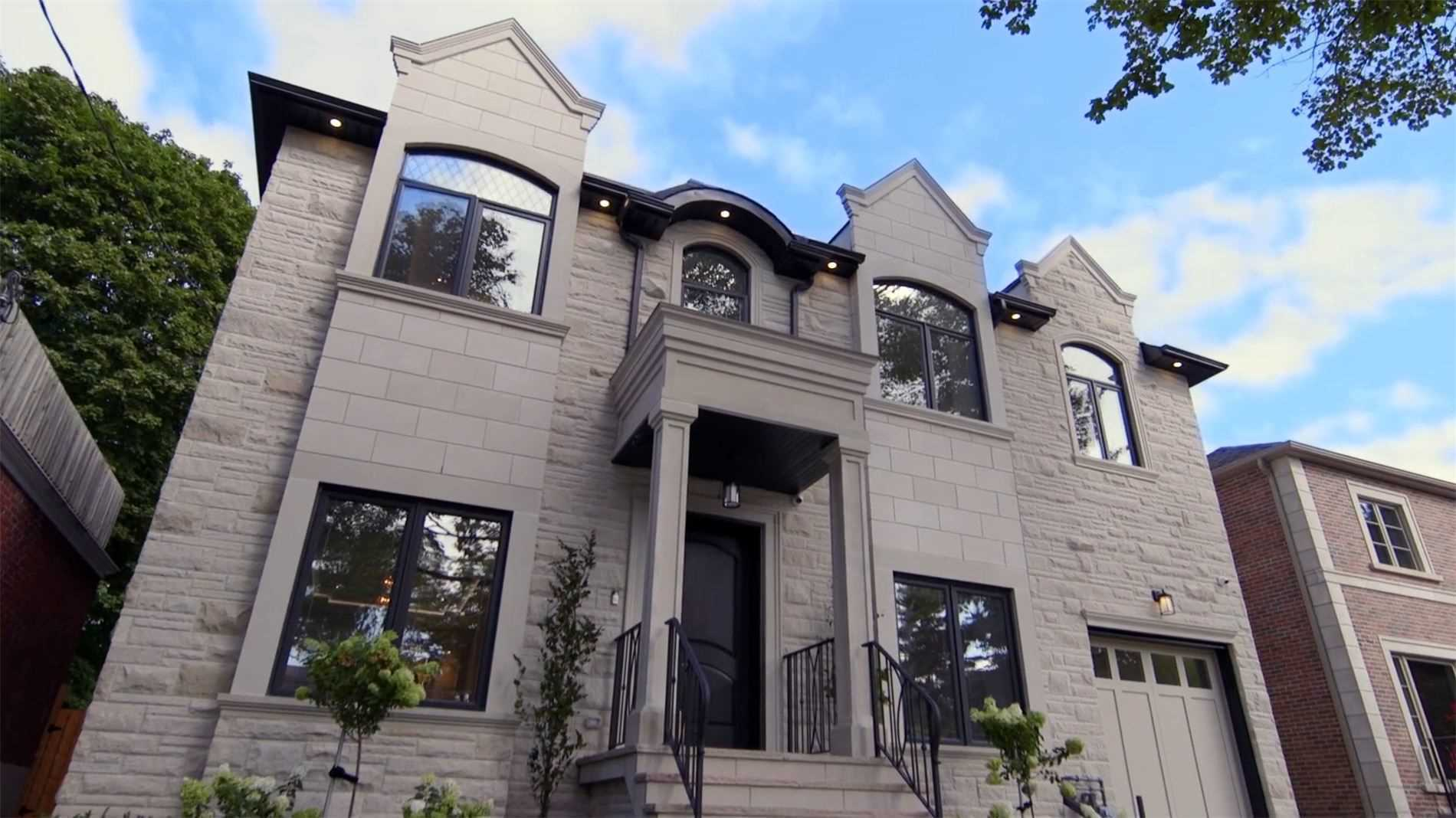 10 Shelborne Ave, Toronto, Ontario M5N 1Y7, 5 Bedrooms Bedrooms, 13 Rooms Rooms,8 BathroomsBathrooms,Detached,For Sale,Shelborne,C4921978