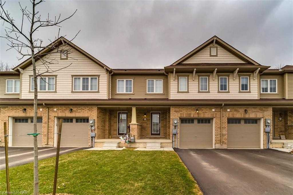 204 Esther Cres, Thorold, Ontario L3B 5N5, 3 Bedrooms Bedrooms, ,3 BathroomsBathrooms,Att/row/twnhouse,For Sale,Esther,X5178855